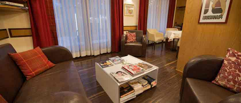 italy_livigno_hotel-st-michael_lounge.jpg